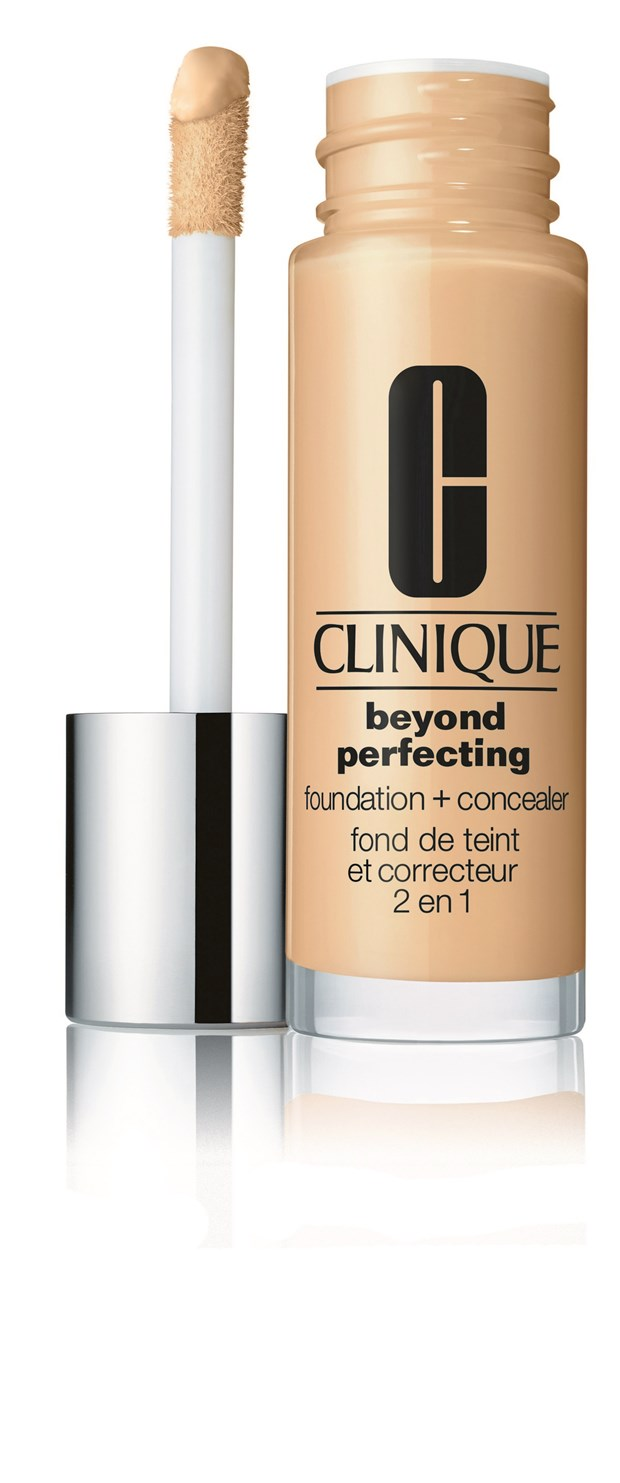 Foundation Beyond Perfecting Foundation + Concealer 6 Ivory (VF-N)